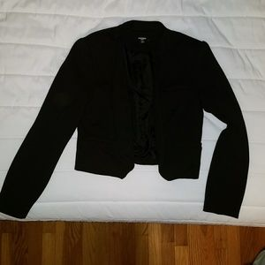 Premise Cropped Collarless Open Blazer
